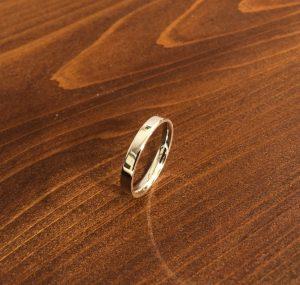 内甲丸の結婚指輪1