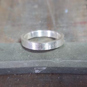 結婚指輪製作 道具 ヤスリ4