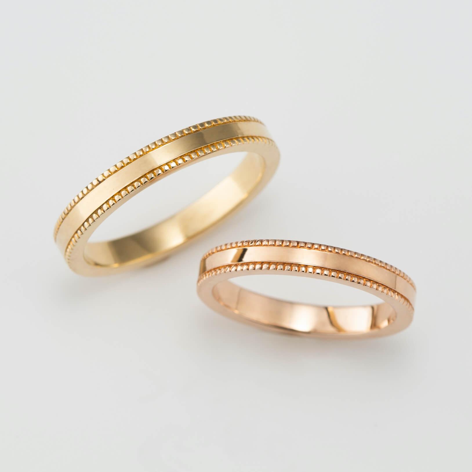 ミルグレイン(ミル打ち)を施したゴールドの結婚指輪