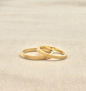 彫り オリジナル 結婚指輪