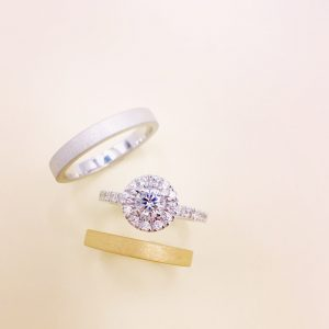 結婚指輪 重ね付け
