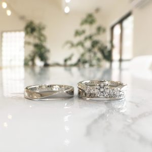 重ね着け 結婚指輪 婚約指輪