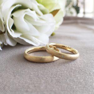 内甲丸 結婚指輪