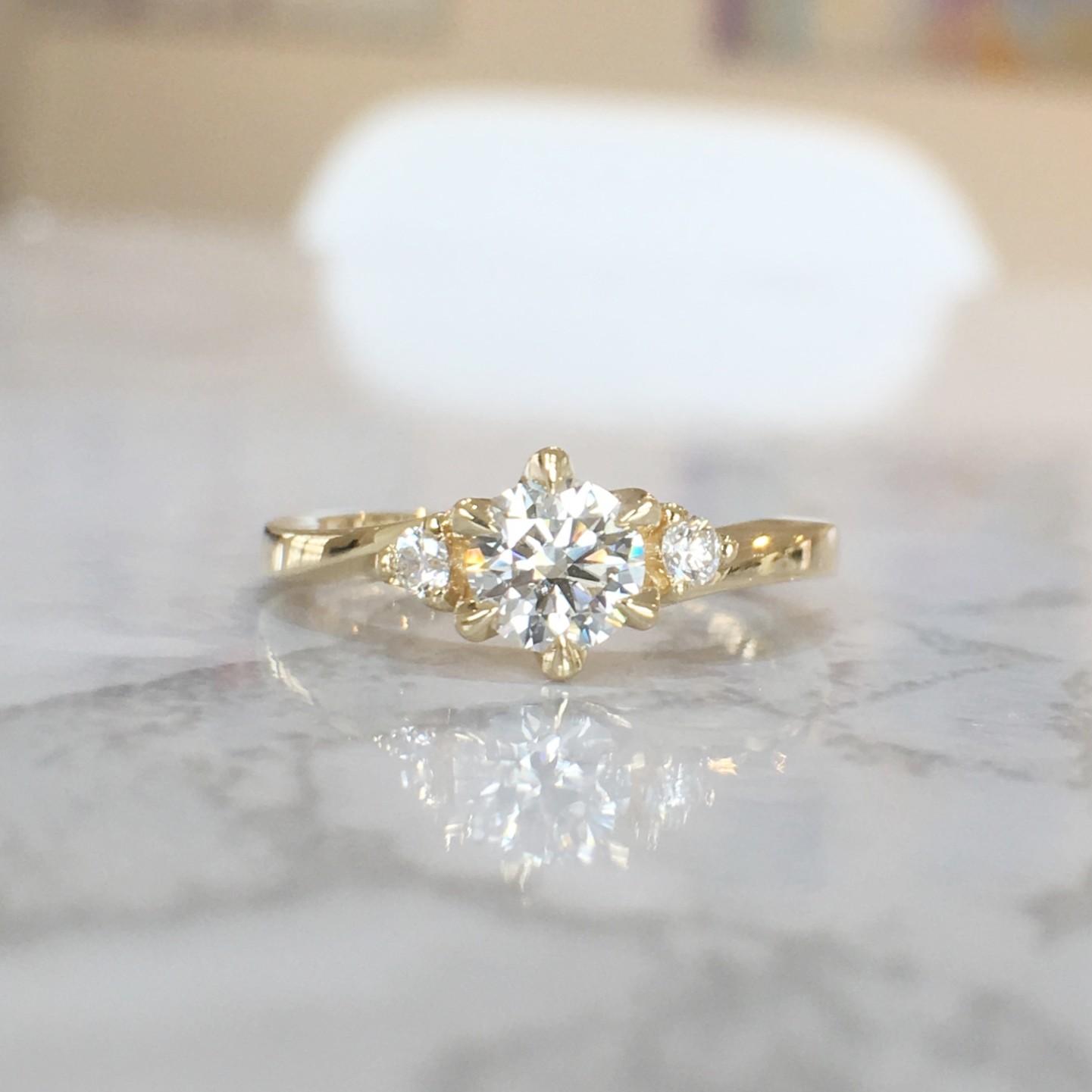 オーダーメイドの婚約指輪 エンゲージリング