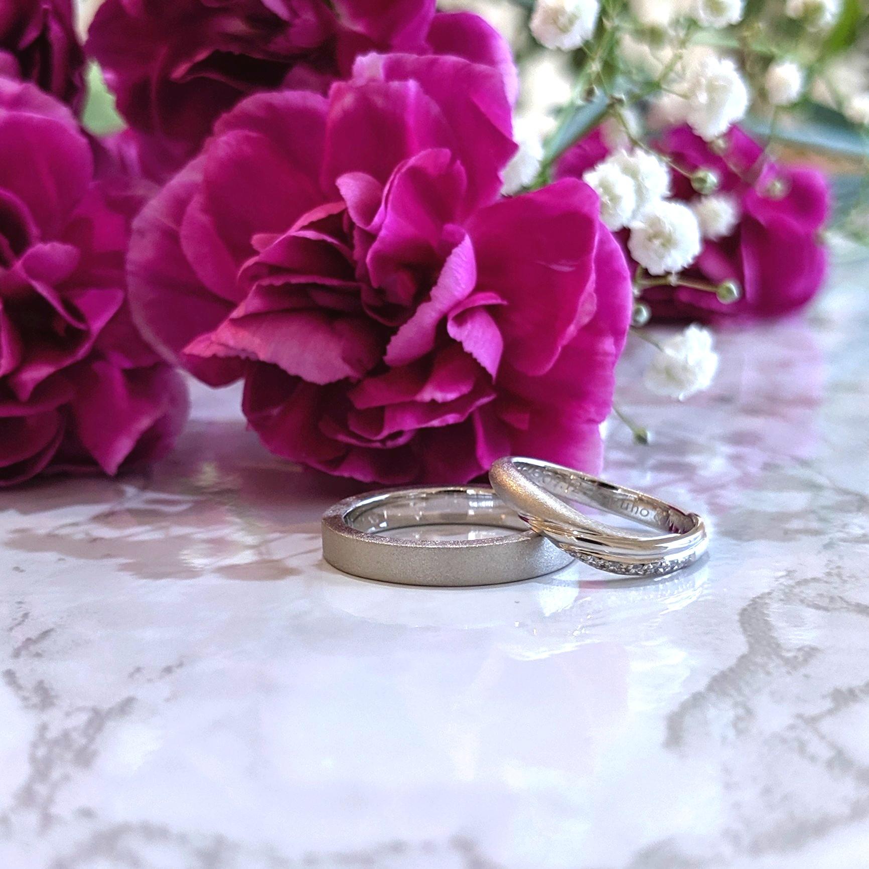 つや無しのお揃いじゃない結婚指輪