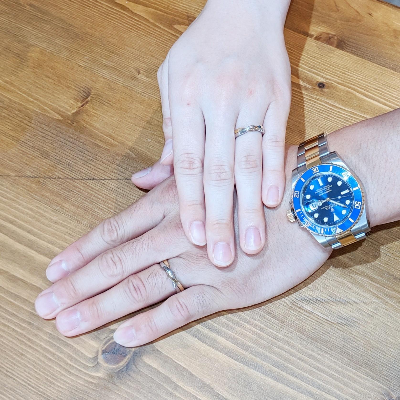 お客様 手 結婚指輪