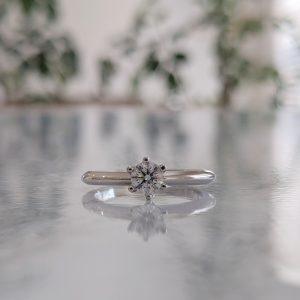 鶴 婚約指輪