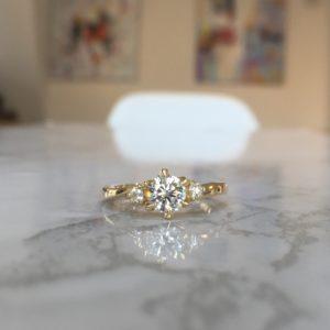婚約指輪(オーダーメイド)の納期はどのくらい?制作期間について