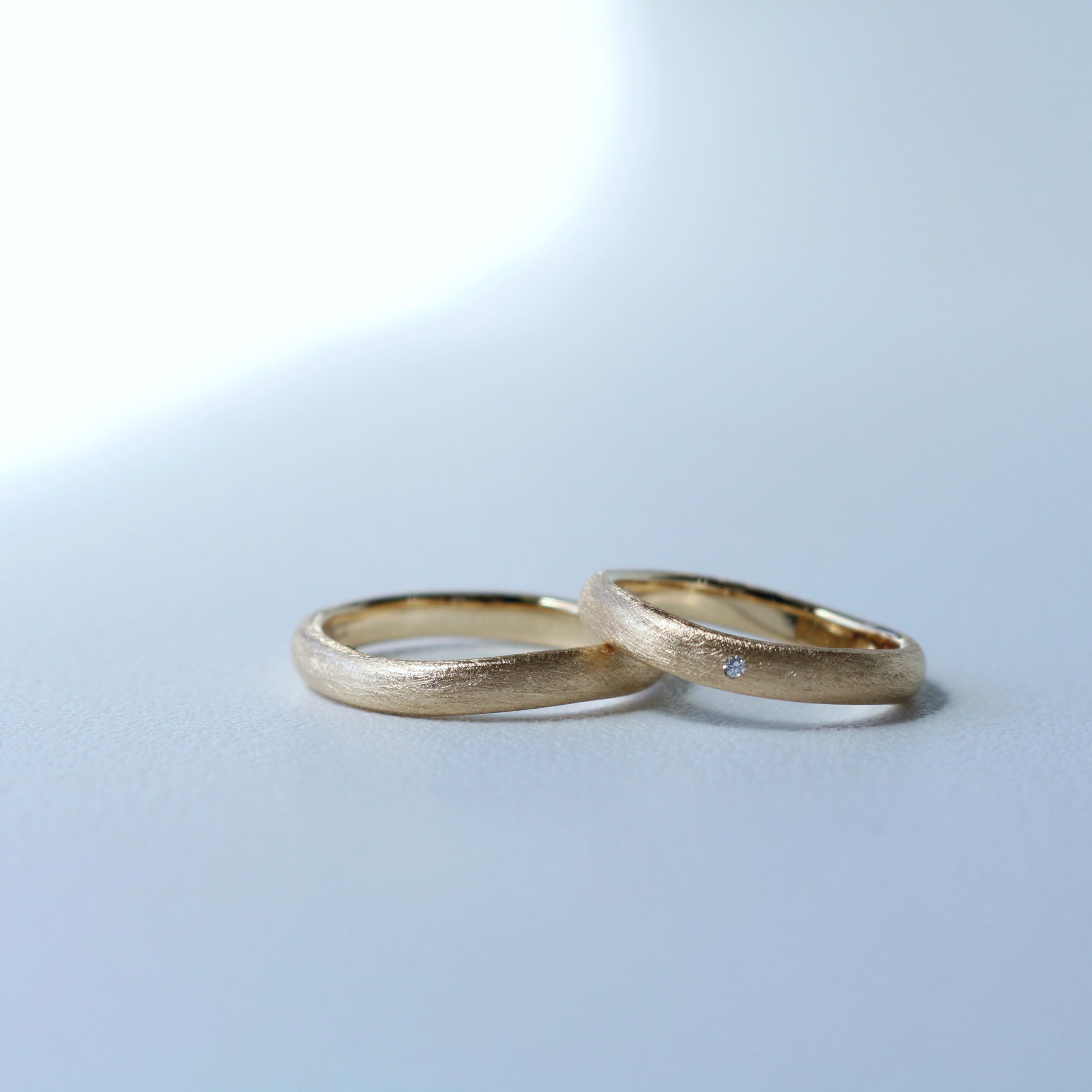 お好みがぴったりあった、お揃いの結婚指輪