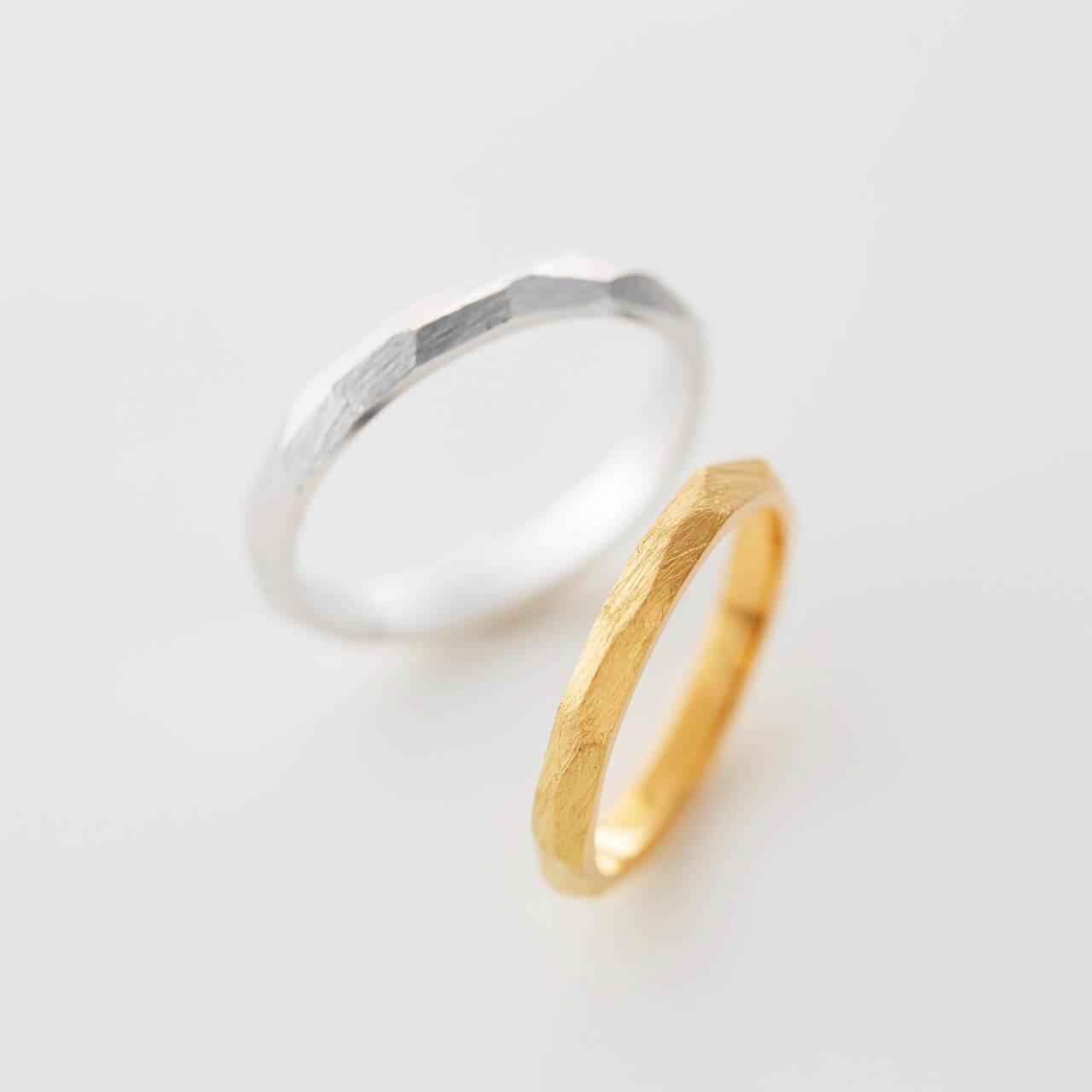 多面デザインの結婚指輪
