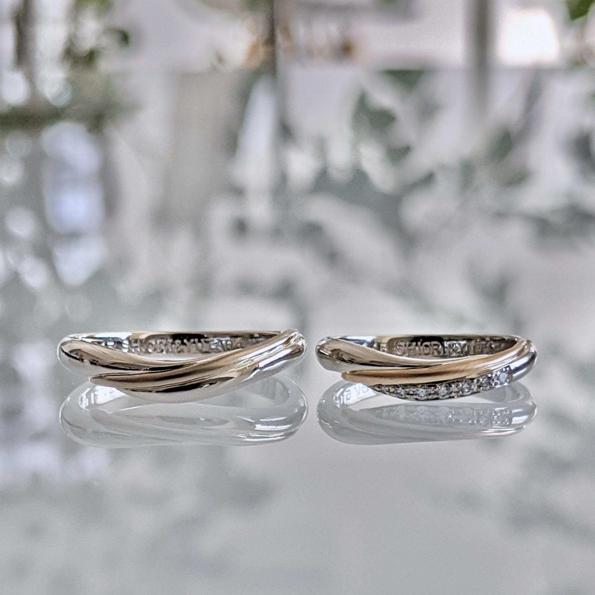 """二人の""""好き""""をさりげなく込めたお揃いの結婚指輪"""