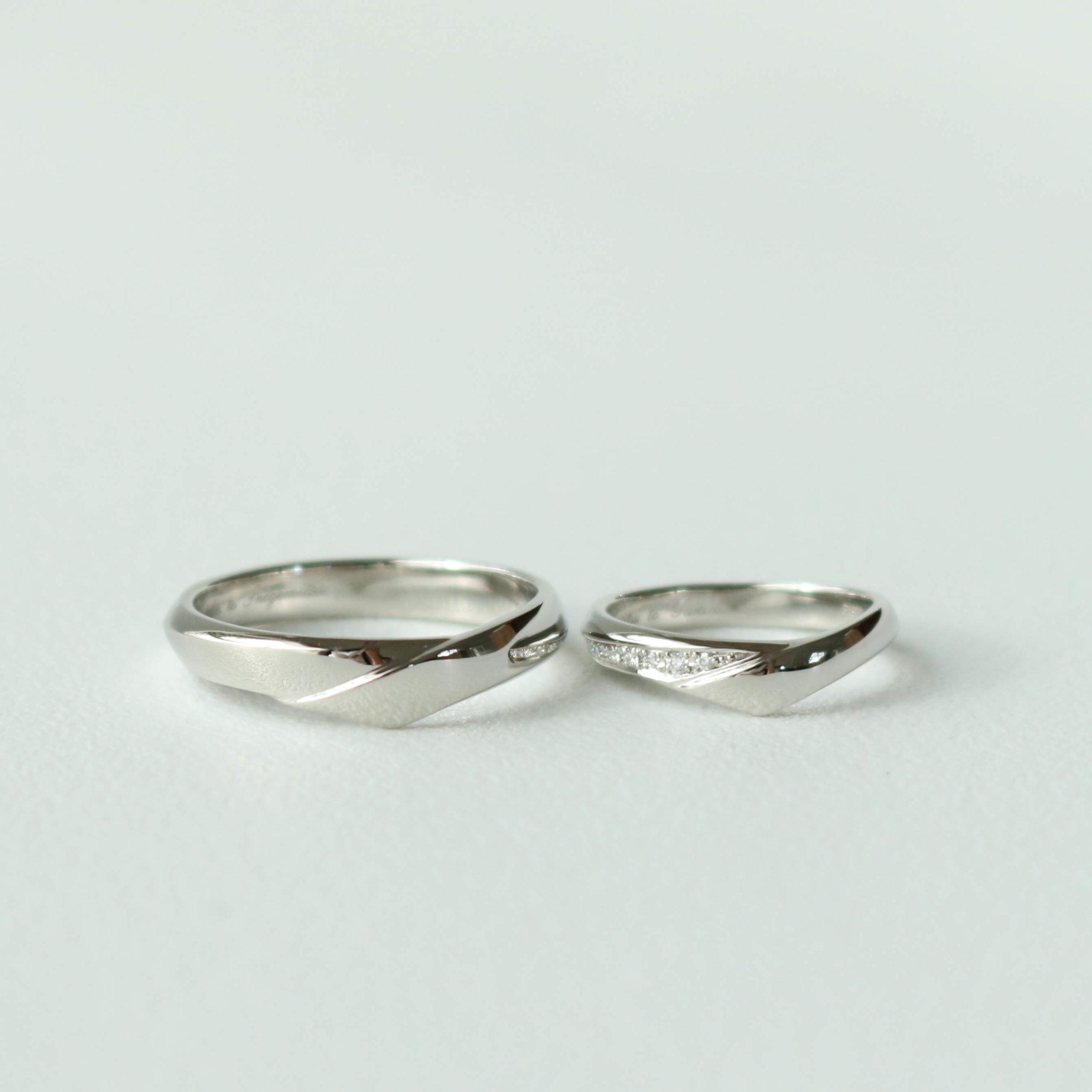 それぞれのこだわりが詰まった、お揃いの結婚指輪
