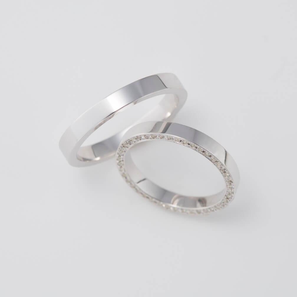 フルエタ二ティのストレートの結婚指輪