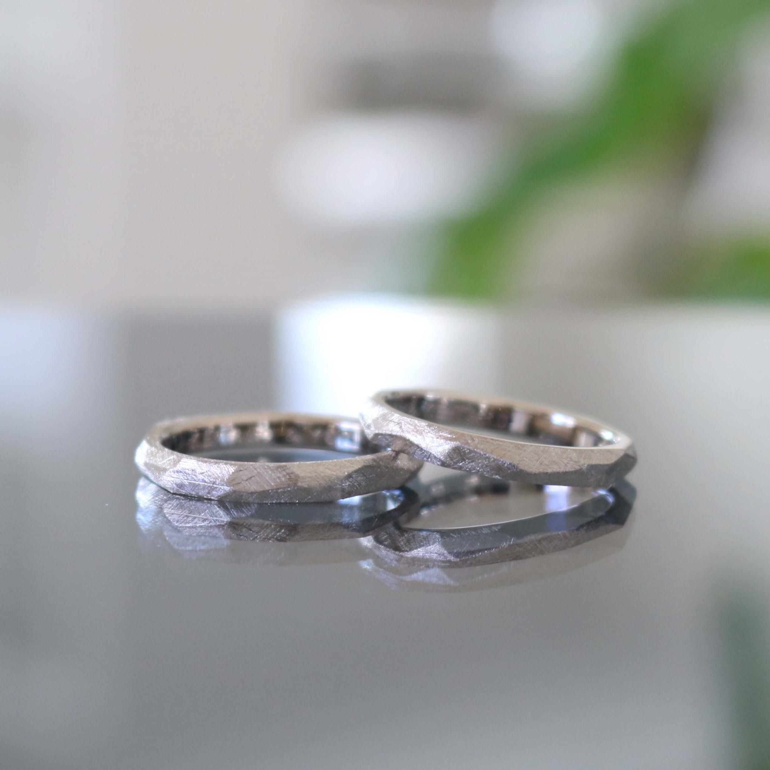 おしゃれなマットの結婚指輪