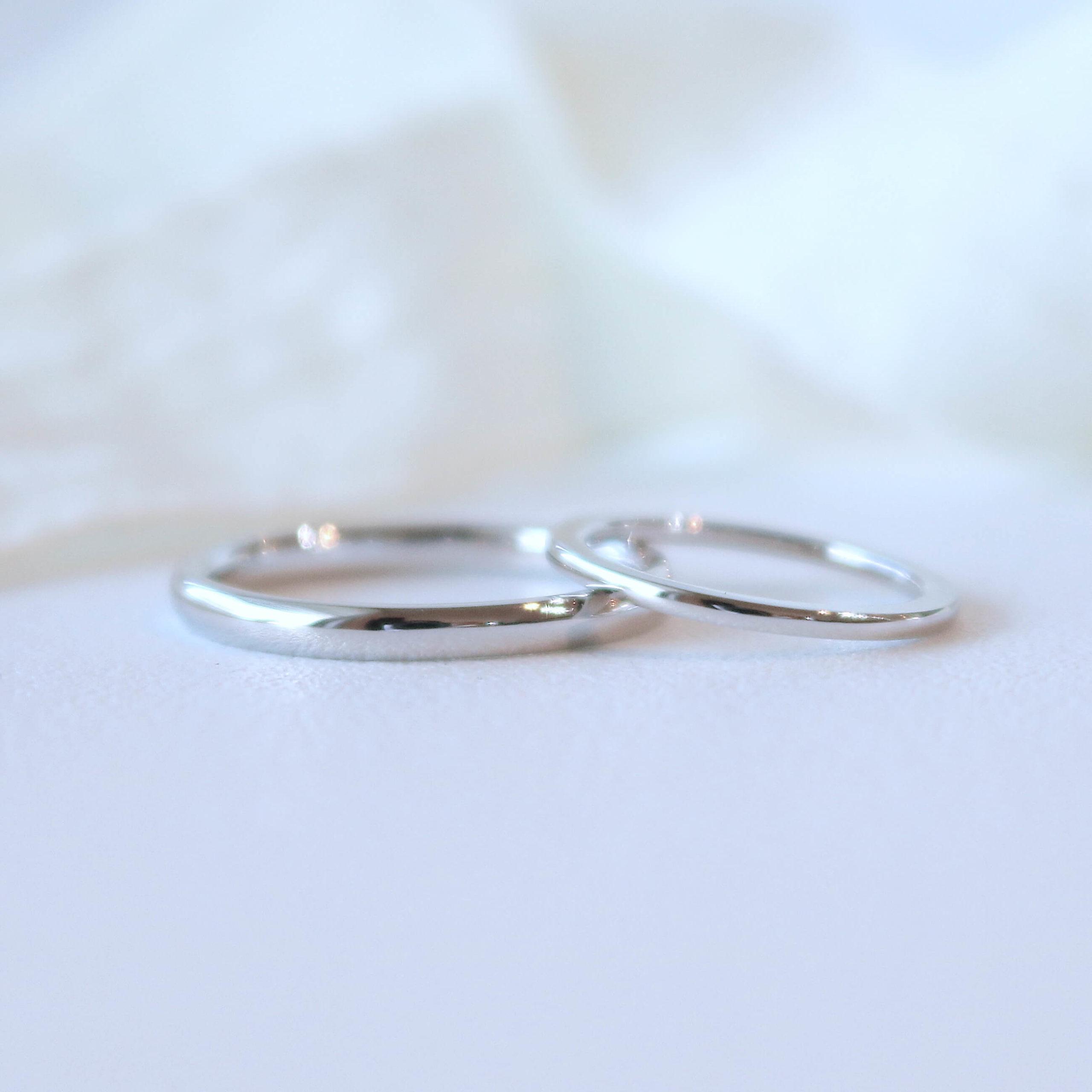 幅の細さとお揃い感にこだわったシンプルな結婚指輪